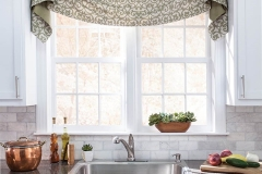 valance-with-contrast-fabric-on-back